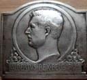 Auvelais : médaille reçue par M. MAIRY François pour l'obtention du premier prix du cours de violon
