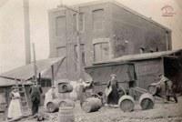 Tamines : Fabrique de vinaigre rue centrale (aujourd'hui rue Roi Albert)